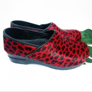 DANSKO CLOGS red black leopard pony hair size 11